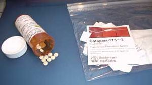 Medication Tablets and Patches of Clonidine, Comprimés